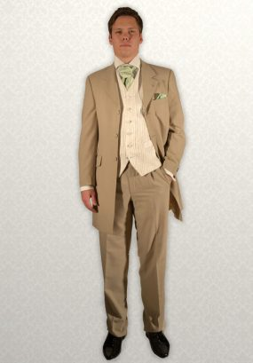 Beige Masterhand three-quarter Prince Edward Frock Coat